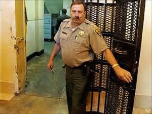 prisonguard2